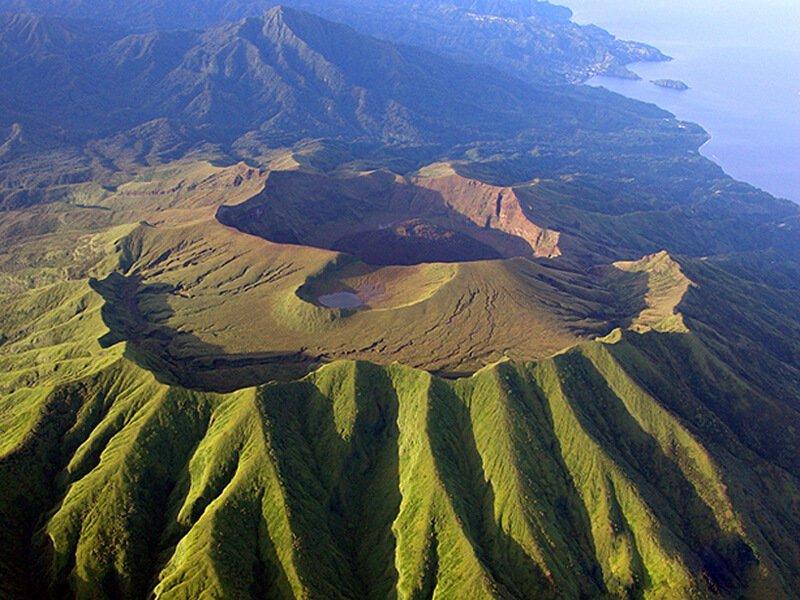 Get A Saint Lucia Passport And See A Vulcano