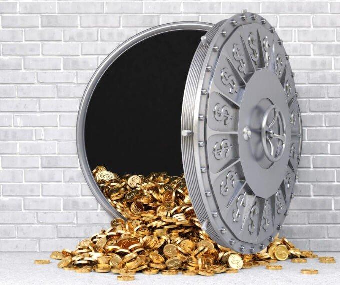 srcset=https://cdn.sovereignman.com/wp-content/uploads/2020/10/gold-vault.jpg
